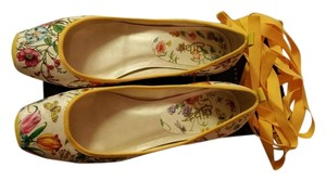 Diba White/Yellow Floral Flats