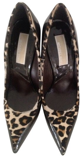 Preload https://item2.tradesy.com/images/michael-kors-brown-and-beige-calf-hair-leopard-pumps-size-us-5-regular-m-b-1137581-0-0.jpg?width=440&height=440