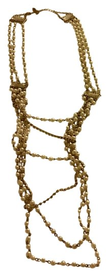 Preload https://img-static.tradesy.com/item/11379304/pearl-and-gold-layered-necklace-0-1-540-540.jpg