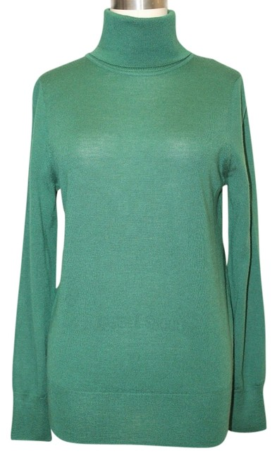 Preload https://img-static.tradesy.com/item/1137966/jcrew-green-merino-wool-turtle-neck-emerald-small-sweaterpullover-size-4-s-0-0-650-650.jpg