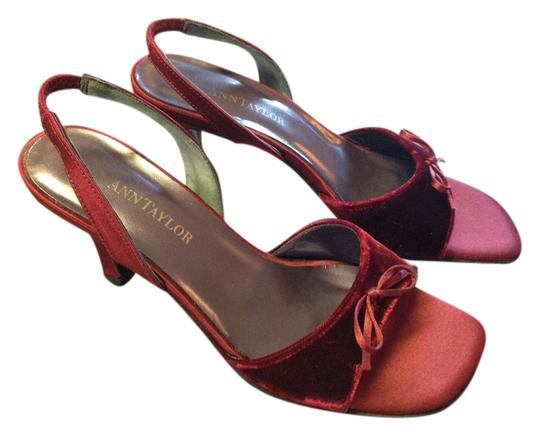 Preload https://img-static.tradesy.com/item/1138166/ann-taylor-red-rich-burgundy-flirty-peep-toe-slingback-formal-shoes-size-us-6-regular-m-b-0-0-540-540.jpg