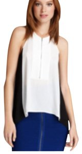 BCBGMAXAZRIA Top White and black