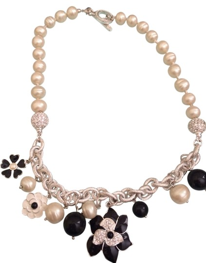 Carol Lee Carolee Pearl Necklace