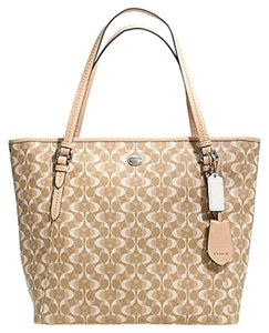 Coach F27350 27350 Tote in LIGHT KHAKI/TAN