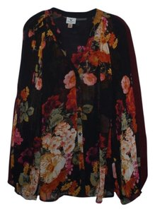 Worthington Top Red floral with black background