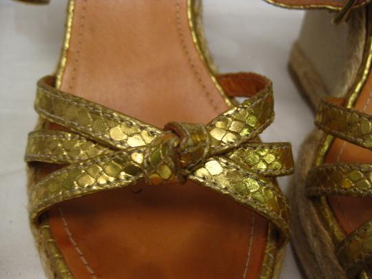 Coach gold Wedges Image 3
