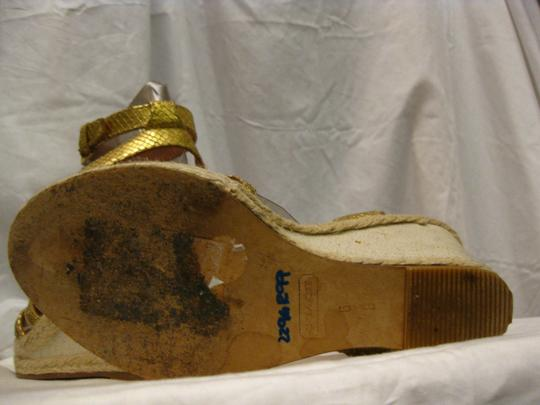 Coach gold Wedges Image 5