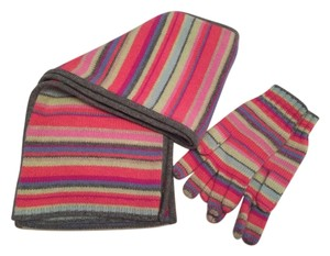 Castlerig Cashmere scarf with matching gloves in multicolor