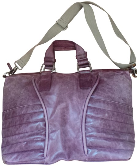 Preload https://img-static.tradesy.com/item/1139307/kenneth-cole-purple-leather-satchel-0-2-540-540.jpg