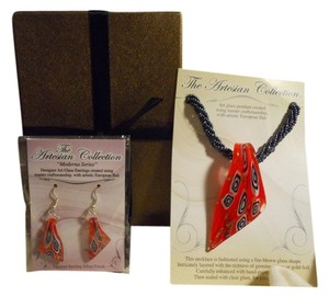 The Artesian Collection Art glass pendant necklace & earrings