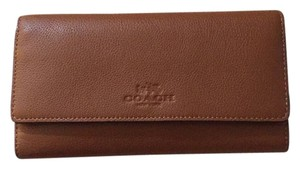 Coach Pebbled Leather Trifold Wallet