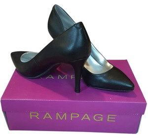 Rampage Pump Silver Inside Heel Black Pumps