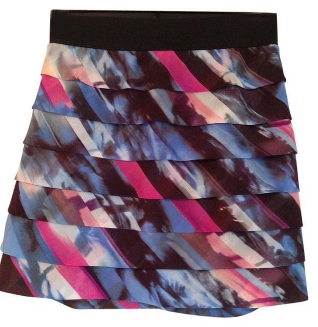 Preload https://item1.tradesy.com/images/guess-bluepinkblack-multi-skirt-size-4-s-27-1140090-0-0.jpg?width=400&height=650