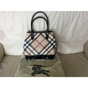 Burberry Tote in Tan and Black
