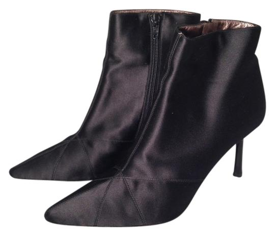 Preload https://item2.tradesy.com/images/dkny-black-satin-stiletto-ankle-bootsbooties-size-us-8-regular-m-b-1140426-0-0.jpg?width=440&height=440