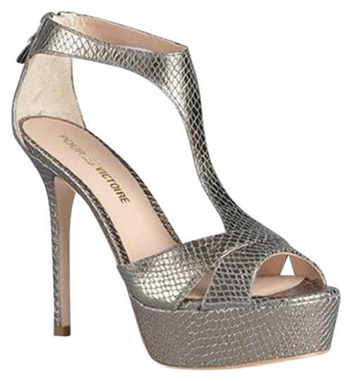 Preload https://item2.tradesy.com/images/pour-la-victoire-snake-embossed-leather-pewter-sandals-1140576-0-0.jpg?width=440&height=440