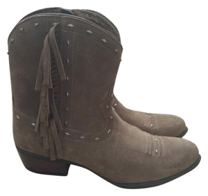 Ariat Tan Boots