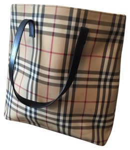 Burberry London Tote in Burberry Pattern
