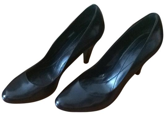 Enzo Angiolini Navy Pumps