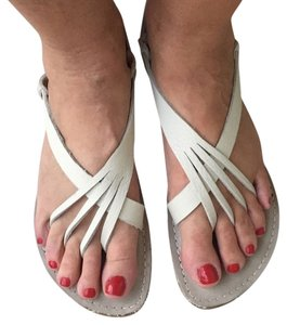 Kino Chalk Grey Sandals