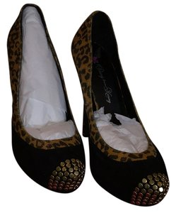 Penny Loves Kenny Leopard with black. Platforms