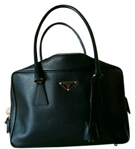 Prada Saffiano Bags - Up to 70% off at Tradesy