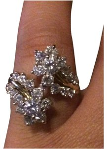 Gorgeous Diamond Ring approximately 2.5 ct with verbal appraisal