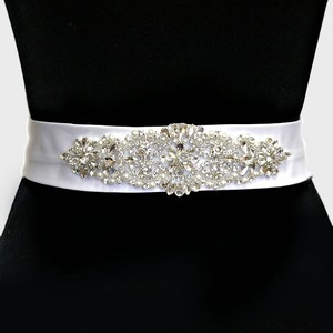 Crystal And Pearl Bridal Belt