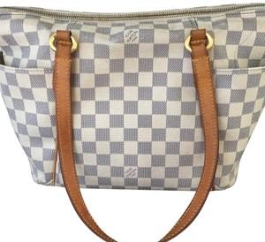 Louis Vuitton Tote in White/Gray