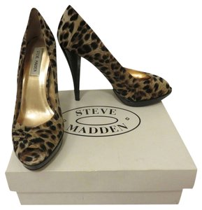 Steve Madden Leopard/black Pumps