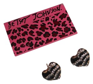Betsey Johnson Betsey Johnson Heart Shaped Zebra Print Earrings E065