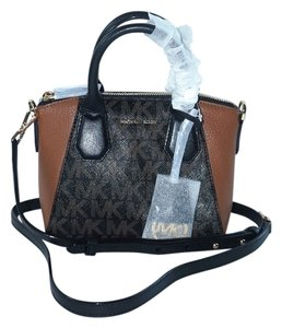Michael Kors Satchel in Black/DK Brown