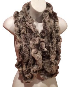 BROWN KNITTED REX RABBIT WITH MORE FROSTED WHITE TIPS SCARF
