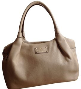 Kate Spade Handbag Leather Handbag Berkshire Berkshire Road Stevie Handbag Satchel in Beige