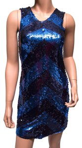 Alice + Olivia 74-624-250 Sequin Chevron 1960 Theme Dress