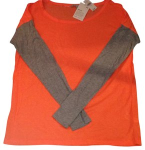 Gap T Shirt Orange and Gray