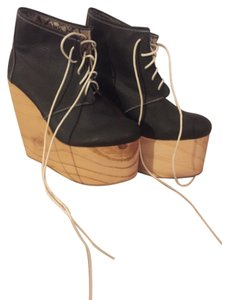 deandri black & wood Boots