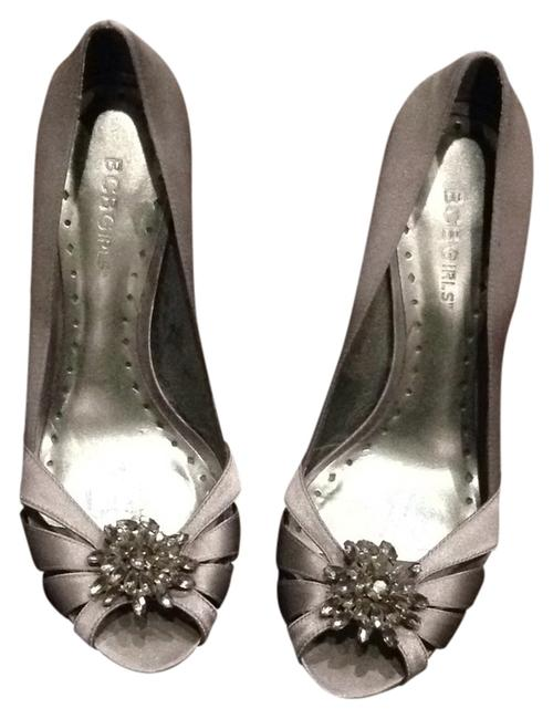 Item - Silver Pumps Size US 7.5 Regular (M, B)