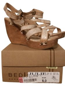 Bed|Stü white, ivory, rustic Wedges