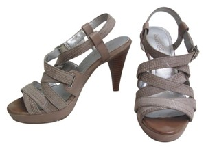 Kenneth Cole Heel Strappy Tan Sandals