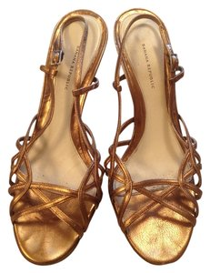 Banana Republic Italy Leather Strappy Gold Formal