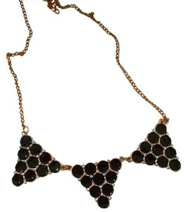 New Black acrylic Bib Necklace triangles J227