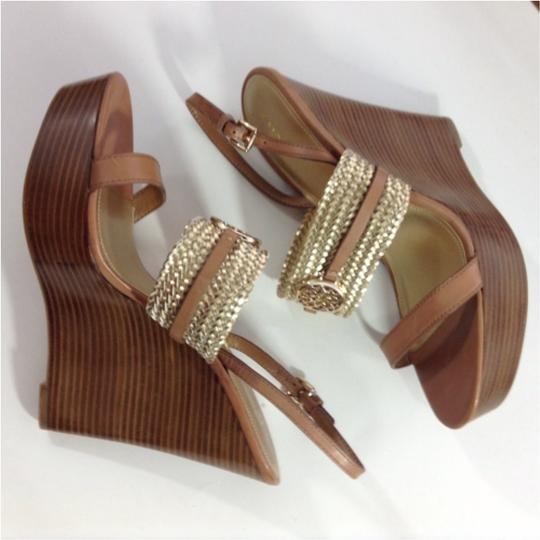 Coach Gold Sandals Image 3