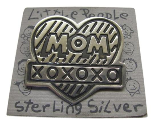 Preload https://img-static.tradesy.com/item/1144505/sterling-silver-black-heart-pin-0-0-540-540.jpg