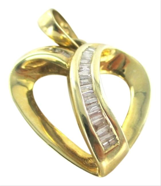 Gold 18kt Yellow Heart Pendant with 18 Diamonds Charm Gold 18kt Yellow Heart Pendant with 18 Diamonds Charm Image 1