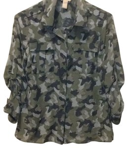 Banana Republic Button Down Shirt Camo