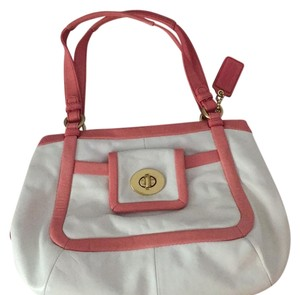 Coach Satchel in White/pink