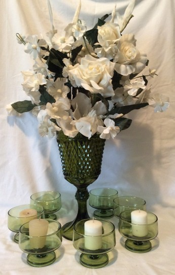 Preload https://item3.tradesy.com/images/green-avocado-vase-and-candle-holders-set-reception-decoration-1145067-0-0.jpg?width=440&height=440
