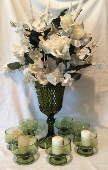 Green Avocado Vase and Candle Holders Set Reception Decoration Green Avocado Vase and Candle Holders Set Reception Decoration Image 1
