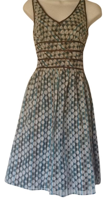 Item - Blue/White Knee Length Night Out Dress Size Petite 6 (S)